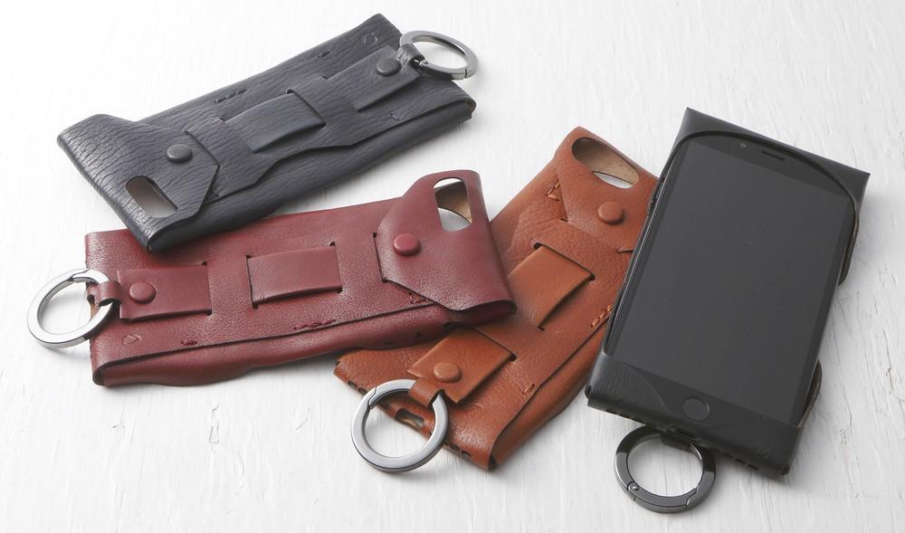 野球のグラブに使われる黒毛和牛レザーでつくったiPhone 7/7 Plusケース
