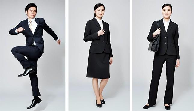 【婦人用5500円、紳士用8800円】西友の新作スーツはストレッチ性を重視