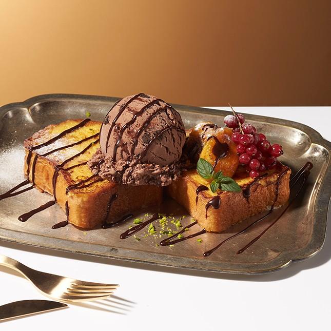 「フレンチトーストwith チョコレートブラウニー」