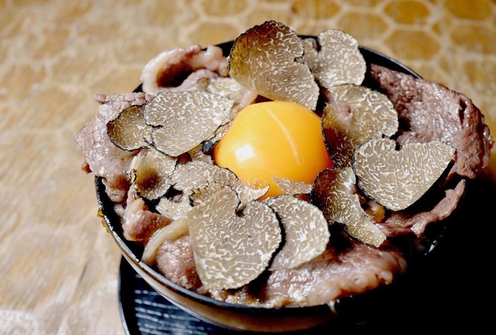 十番右京 トリュフすき焼きご飯