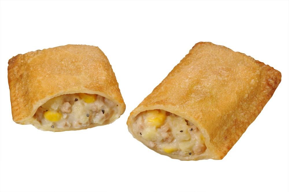 ミニストップ「揚げピザ」に新作「ベーコンポテト」登場 おいしくないわけがない!