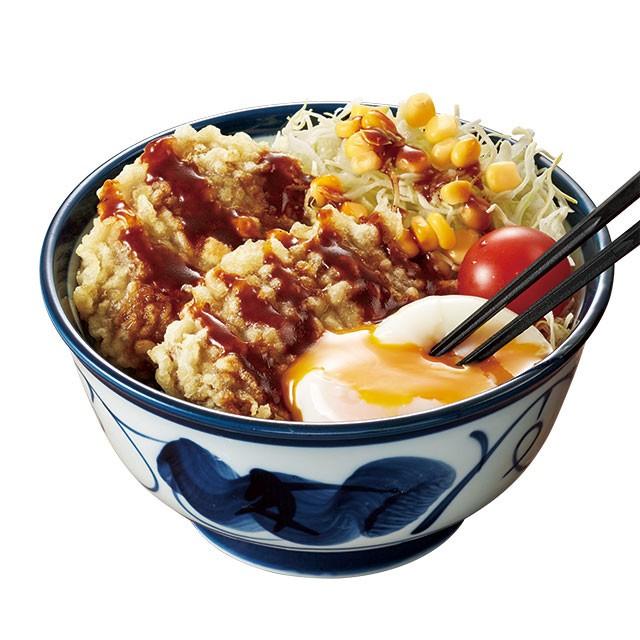 ハンバーグの天ぷらと半熟卵がドーン! 「てんや」初のハワイアン天丼、発売