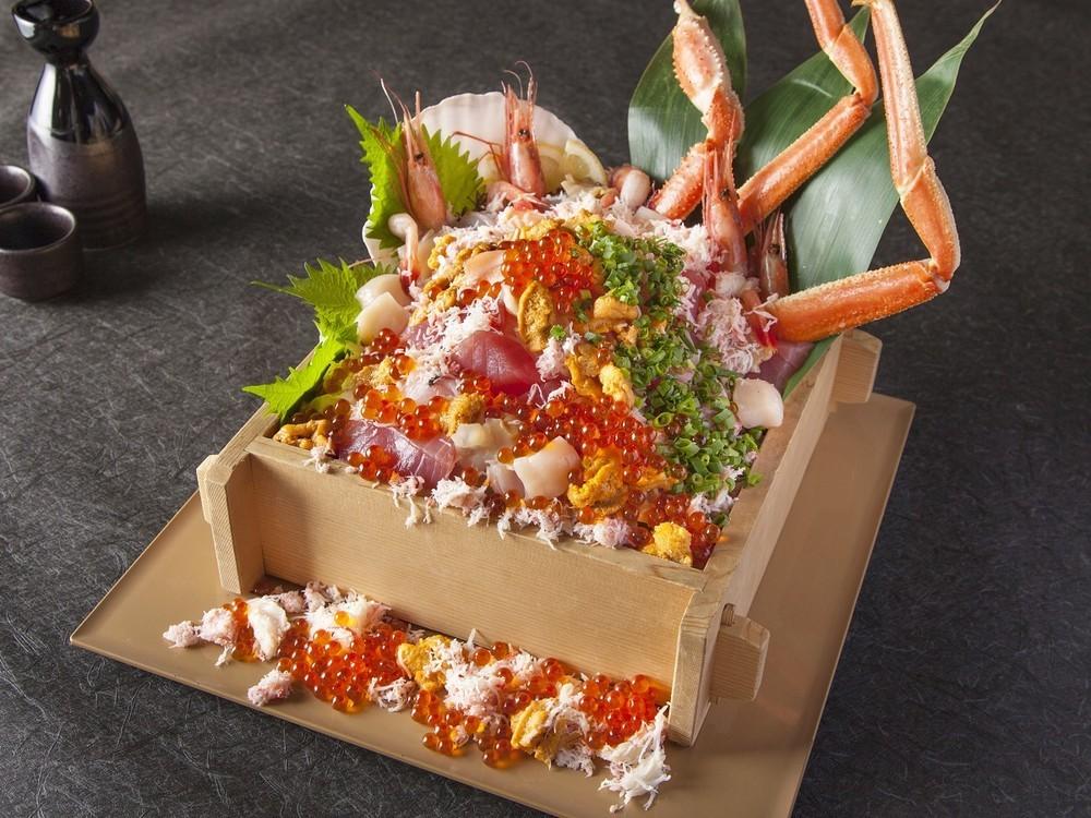 海の宝石箱や~! 原価1万円分の「海の幸」が5000円で食べられるチャンス!!
