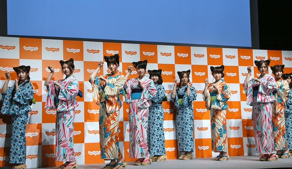 乃木坂46が猫耳つけてにゃんポーズ オリジナル「乃木夏ダンス」もCMで披露