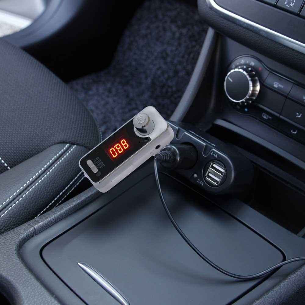 音楽をワイヤレス再生 ハンズフリー通話もできるBluetooth対応FMトランスミッター