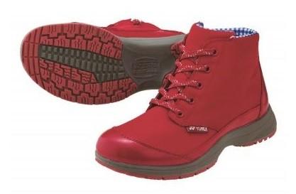 「パワークッション」搭載 晴雨問わず1年中履けるゆったり快適ブーツ