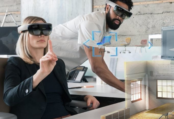 「HoloLens」