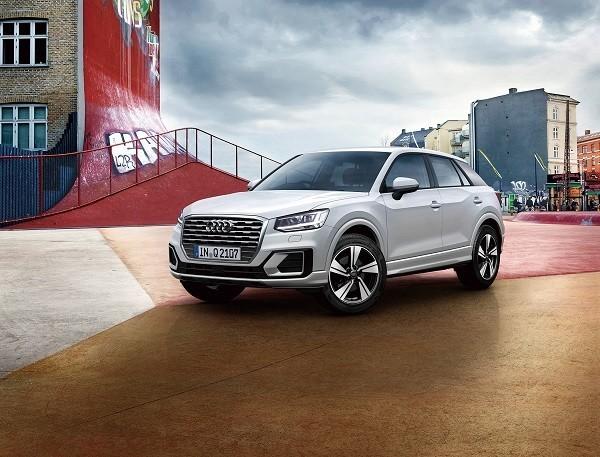 アウディジャパン、躍動感溢れるロングドライブに適した限定車「Audi Q2 #touring limited」