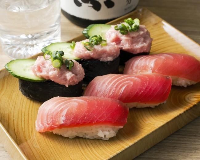 マグロ&イクラを心ゆくまで 寿司も刺身も2500円で60分間食べ放題