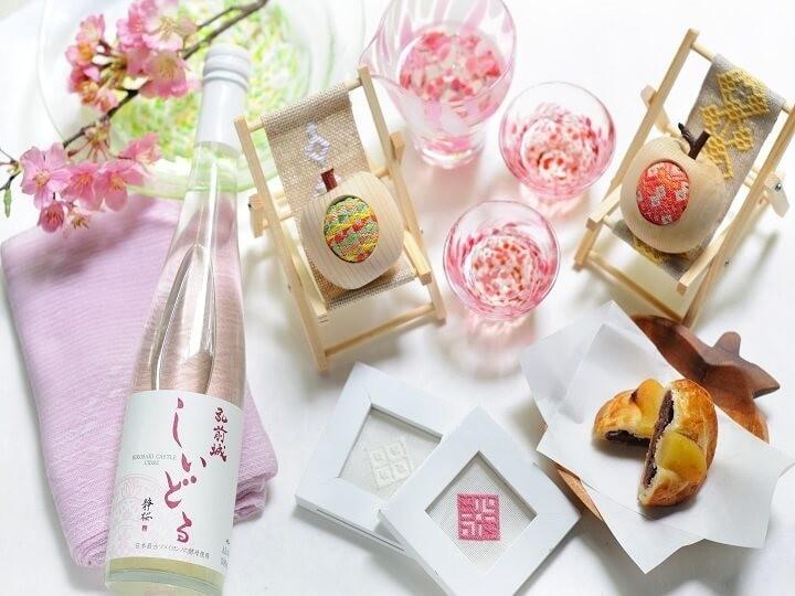 雪見桜風呂、花見蟹会席... 花づくしの青森旅行「春色に染まる滞在プラン」