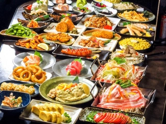 コスパ最強! 2000円で寿司、料理75種&酒70種の食べ呑み放題