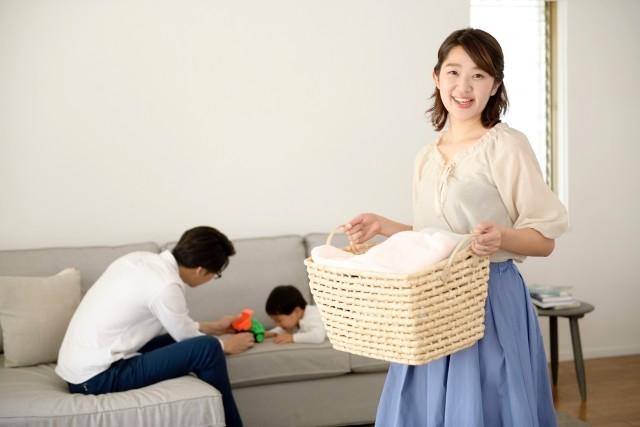 夫婦間に収入差ある家庭の家事分担 「低い方が多くやるべき」は暴論か