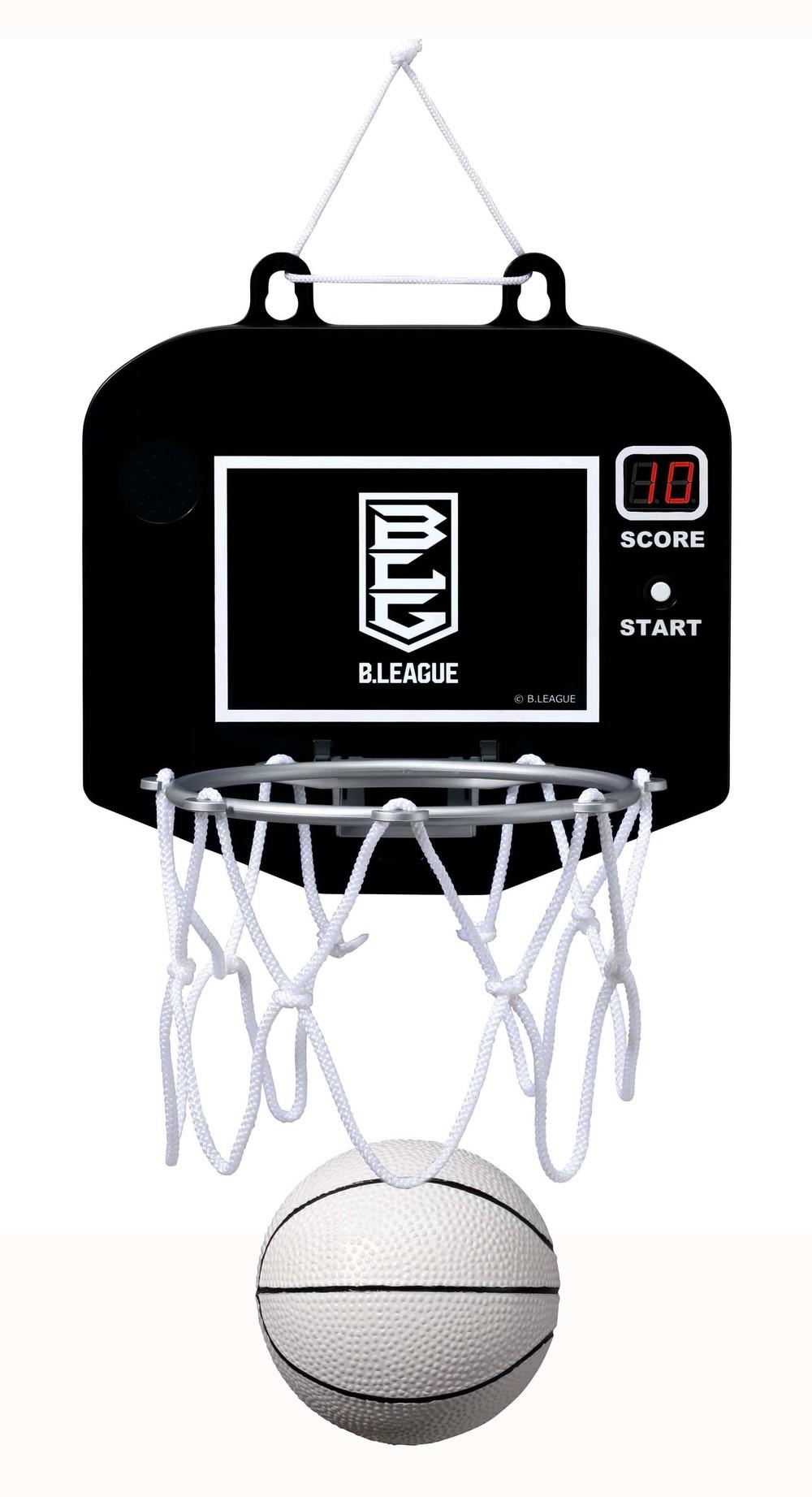 バスケ「B.LEAGUE」とコラボ 部屋にゴール設置しシュート数競う