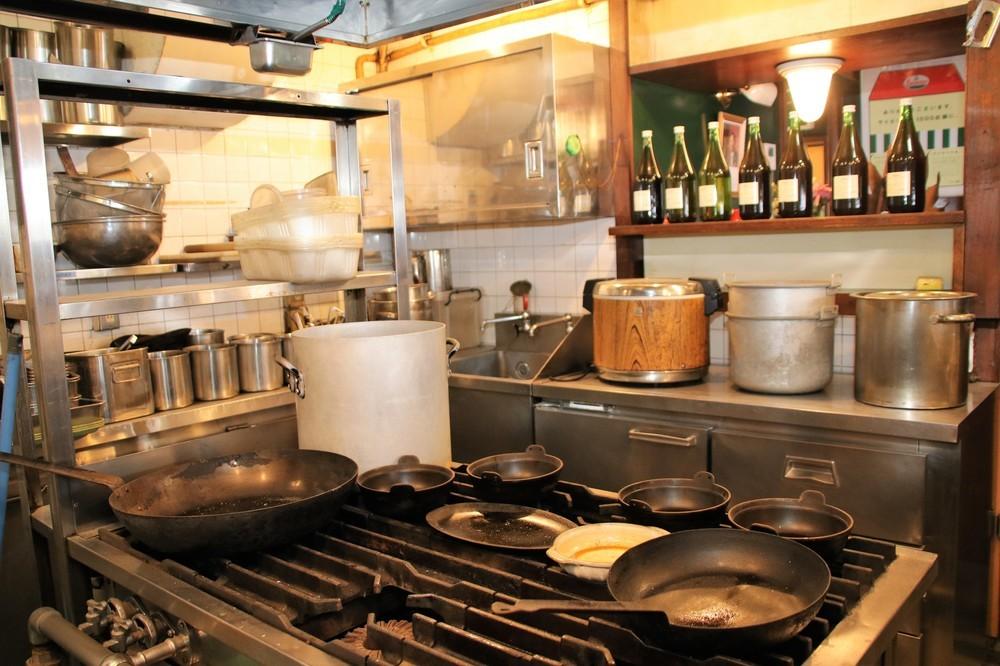 厨房には当時の調理器具