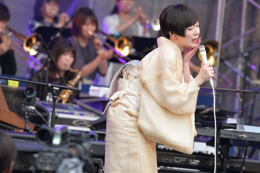 椎名林檎とエレカシ宮本「電撃出演」に客席大興奮 入場無料「日比谷音楽祭」