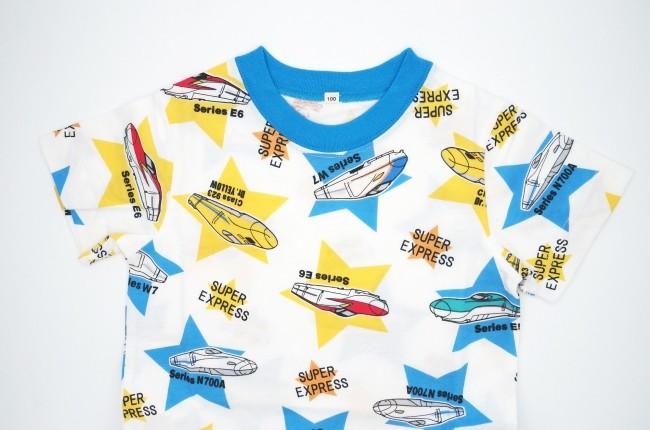 ドクターイエローも! 新幹線を散りばめた「新幹線大集合Tシャツ(星柄)」