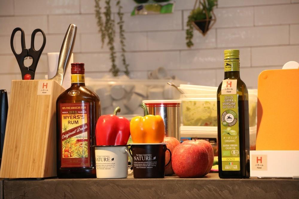 ハラールのオリーブオイル、豚肉やアルコールに触れていない調理器具