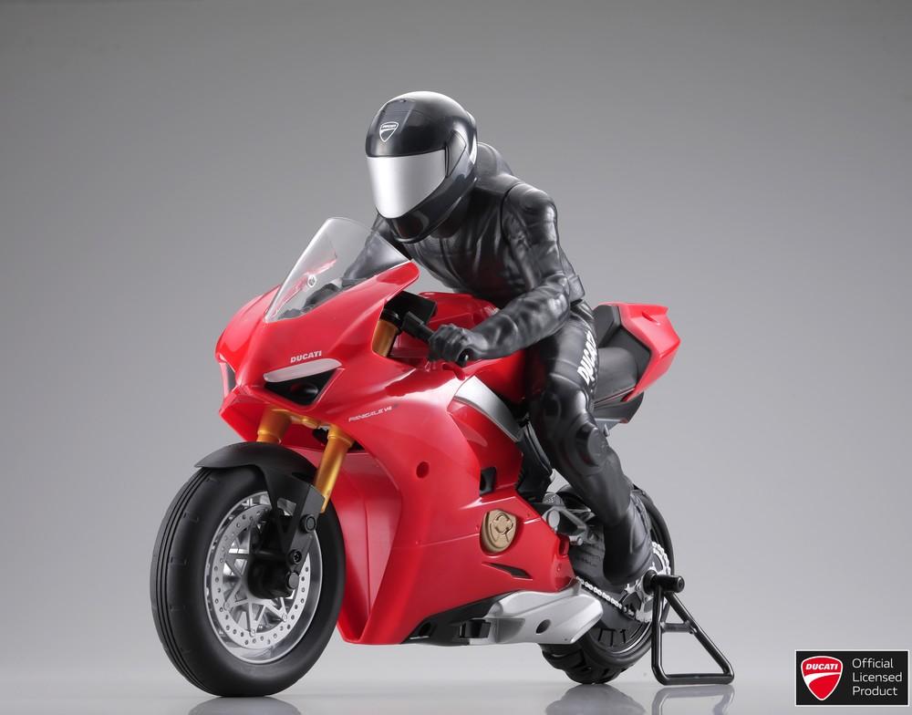 ドゥカティ「パニガーレV4S」バイク型ラジコン 自立やウィリーも