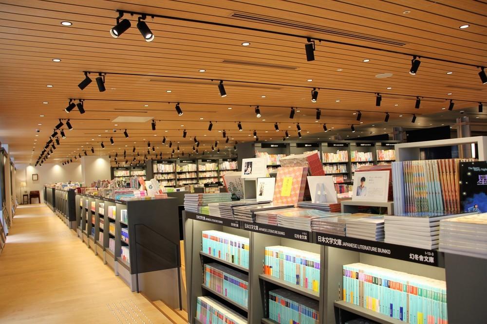 台湾発「誠品生活」日本橋に初出店 書店中心に文具、台湾茶やスイーツも