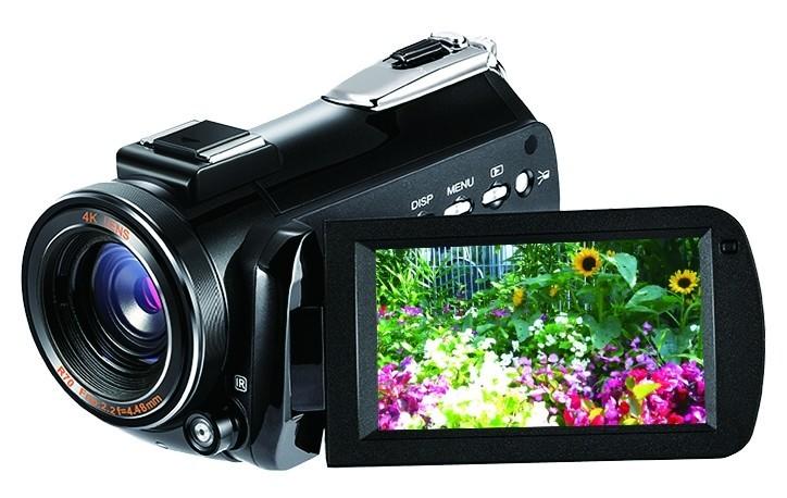 ドンキ「情熱価格プラス」初 4Kビデオカメラ