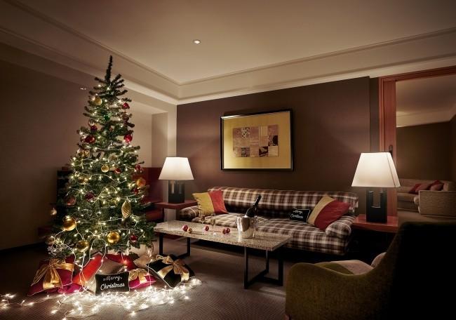 美しく飾られたスイートルームでシャンパーニュ クリスマス宿泊プラン