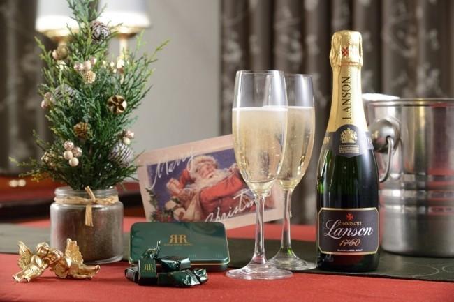 ロマンチックな5種のクリスマスプラン リーガロイヤルホテル広島