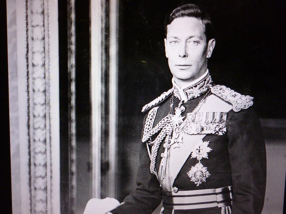 兄の退位のため急遽「英国王」となったジョージ6世
