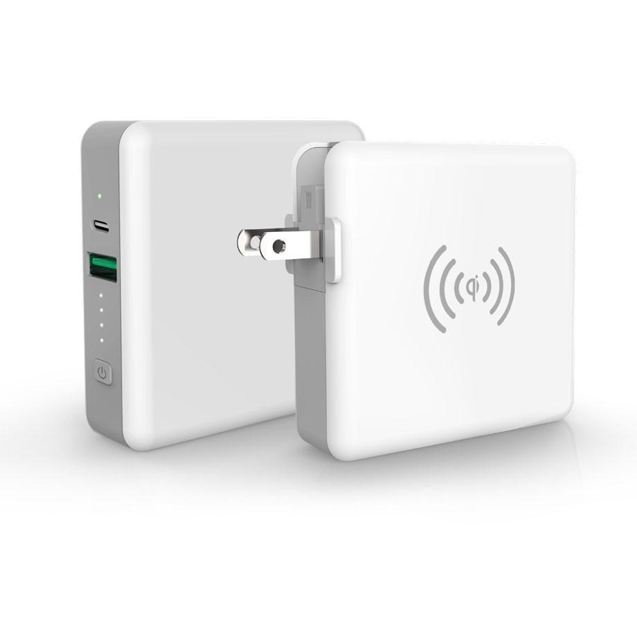 ACアダプター&ワイヤレス充電も 小型軽量モバイルバッテリー