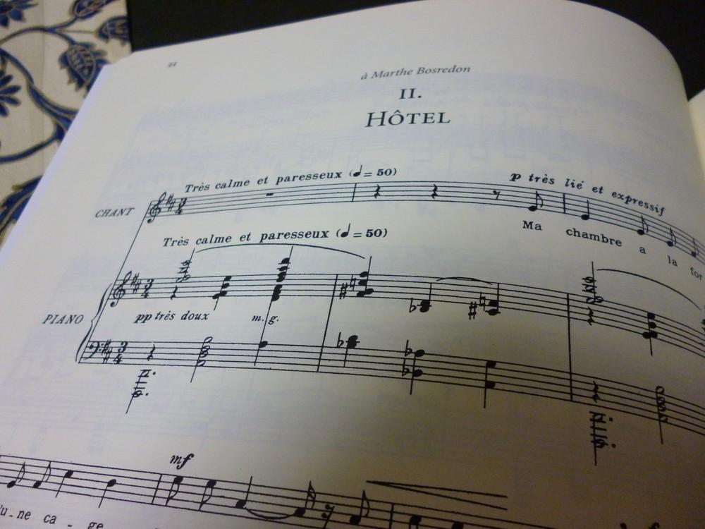 ゆったり味わい深いアポリネールの詩 歌曲の達人プーランクが曲を付けた「ホテル」