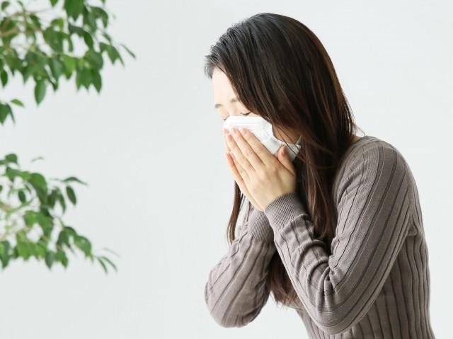 新型コロナ「相談と受診の目安」に戸惑い 「だるさ」「息苦しさ」花粉症と区別できない