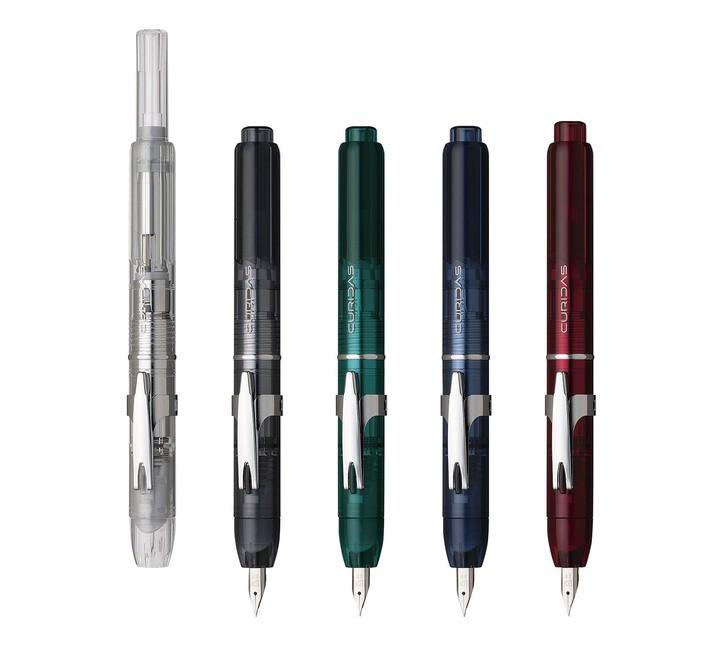片手でさらっと書き出せるノック式万年筆