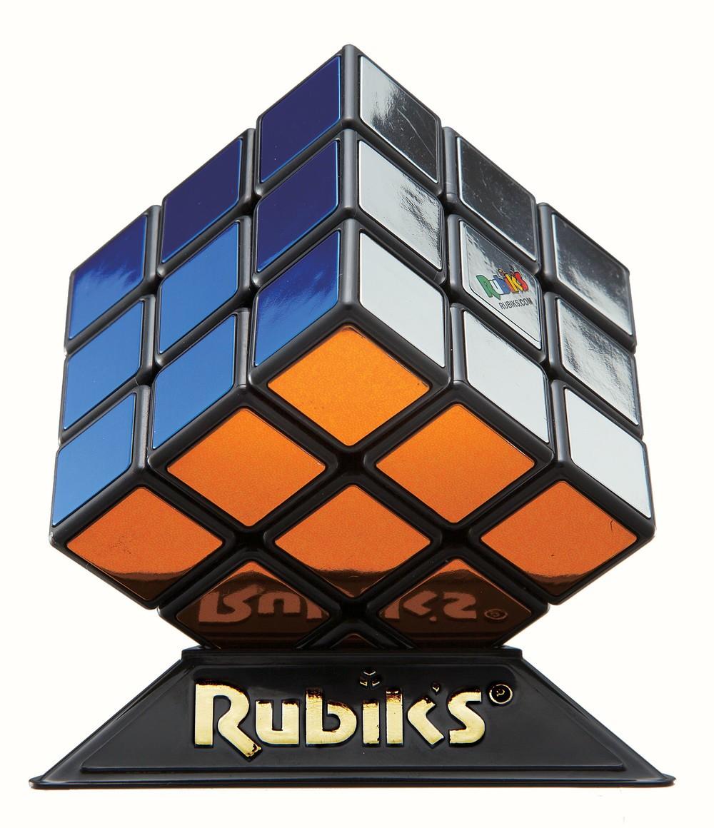 6色メタリック仕様 「ルービックキューブ」発売40周年記念モデル