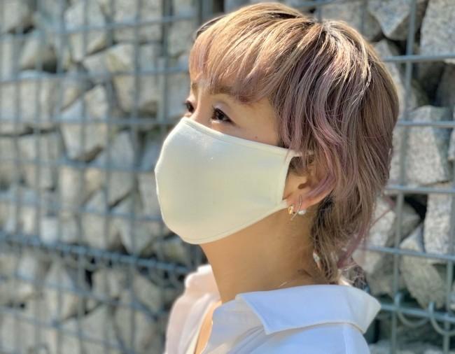 布マスクに使い捨て、次は日本製「シルク100%」マスク 保湿性と速乾性抜群