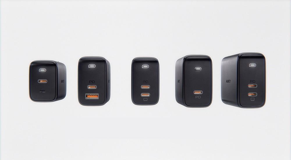 従来比50%コンパクト化 充電器「Omnia」シリーズ5モデル