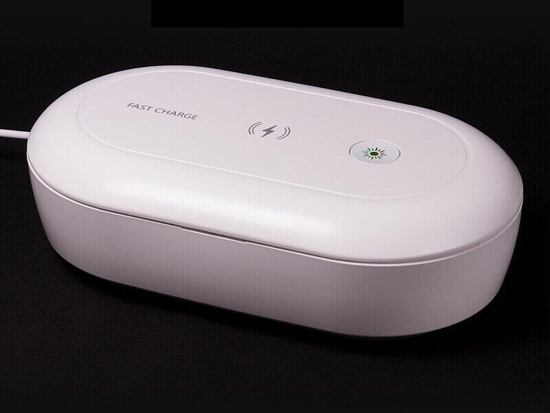 UVライトで除菌、「Qi」ワイヤレス充電も 「スマホ除菌チャージャー」