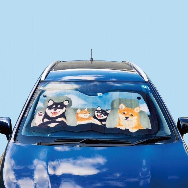 ドライブ気分の柴犬一家 かわいいイラストのサンシェード