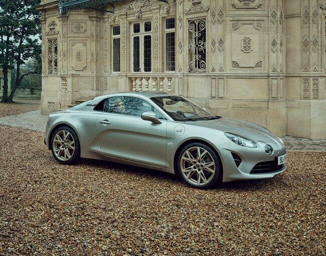 洗練されたデザインとフランスの感性 限定車「アルピーヌ A110 リネージ GT」