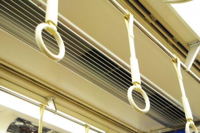 満員電車の換気「窓開けても十分できない」 理研の調査、鉄道各社に対策を聞く
