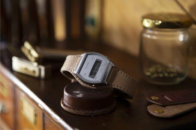 「TiCTAC」とレザークラフトブランド「Brown Brown」 コラボ腕時計第2弾