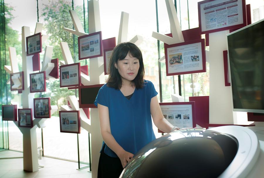 上智大学の構内で。2019年4月1日に、上智大学グローバル教育センター特任助教に就任した