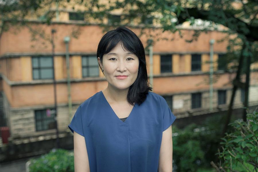 三星電子に就職。国連開発計画(UNDP)ブータン事務所でインターン。駐日大韓民国大使館政務課で研究員。さまざまな経験が現在の研究につながっている