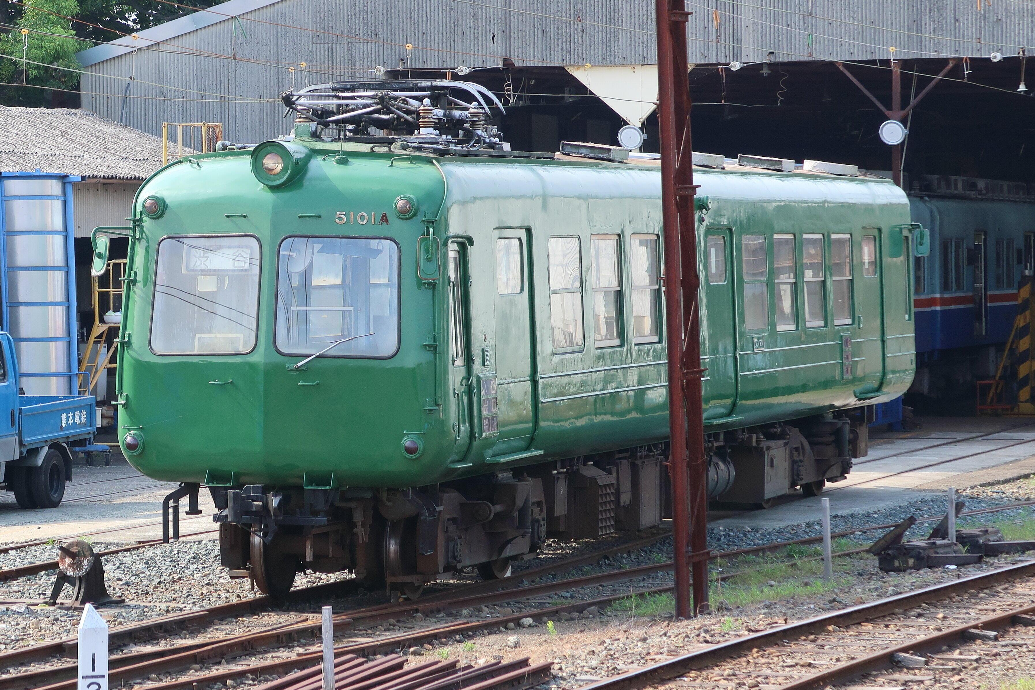 鉄道車両「青ガエル」渋谷に別れ 半世紀の現役生活、現場でコツコツ修理