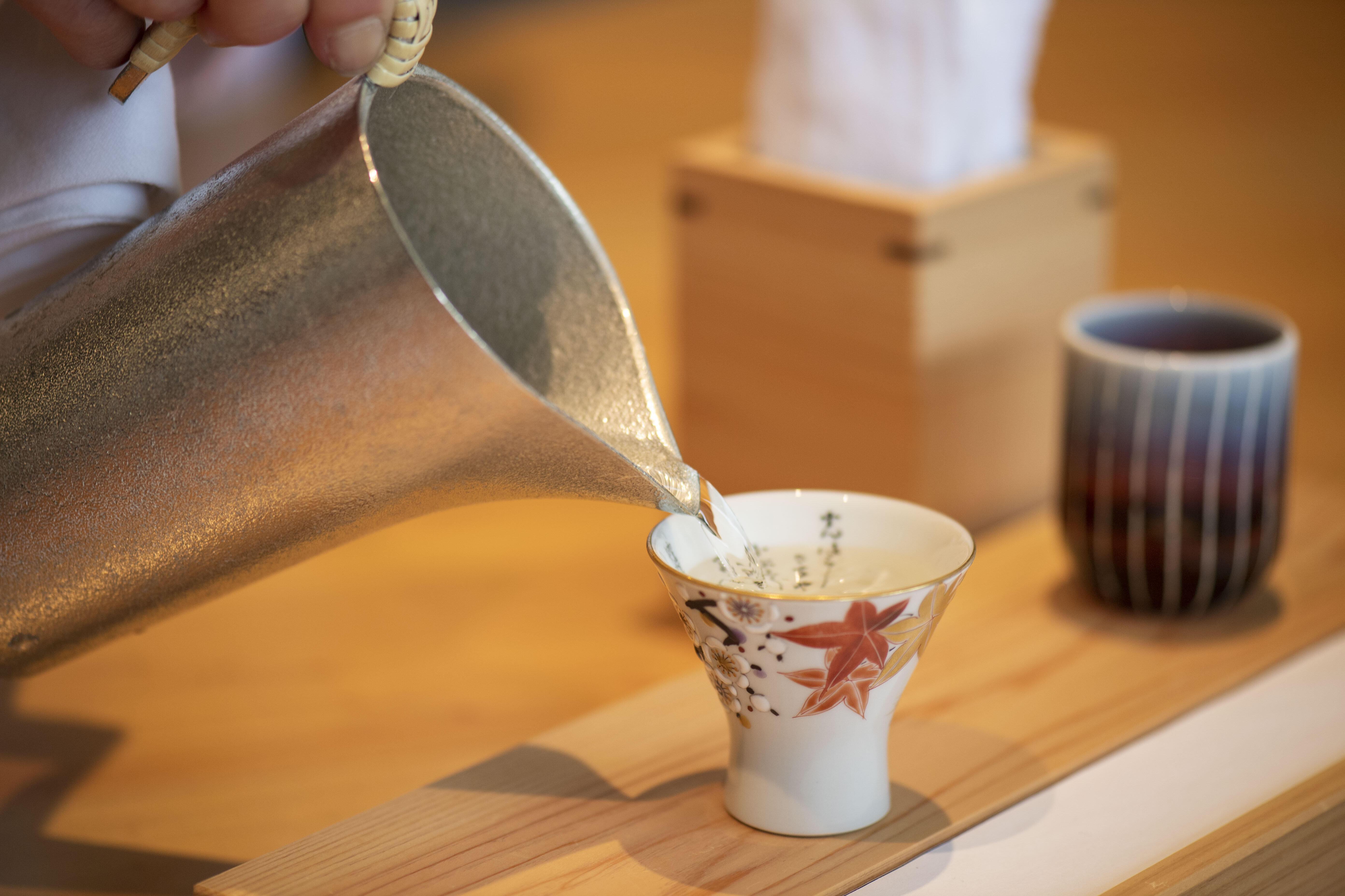 ソムリエ資格持つ著名シェフが手がける「酒」の美食 「小松Saketronomy」4度目開催