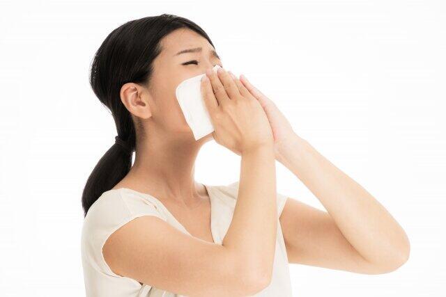 花粉症は寒い時期もひどくなる 低温でも強風・乾燥で飛び散るスギ花粉