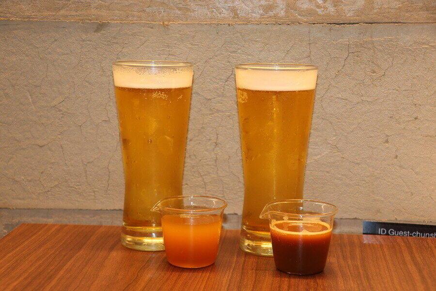 「ティービール」2種(左から「ジャスミンティービール」、「鉄観音ティービール」)