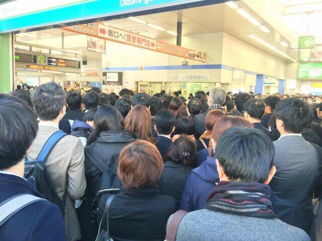 新年度早々に首都圏と大阪で鉄道事故 新生活スタート時にびっくり