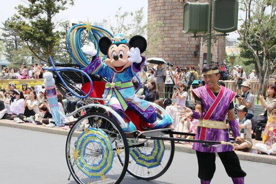 ディズニーランド人気パレード復活の日に悲報 コロナで人数制限、4分の1に