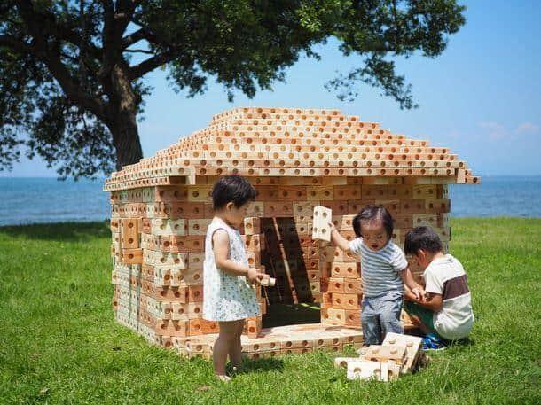 国産スギ、ヒノキを使って作った天然木製ブロック「ズレンガ」
