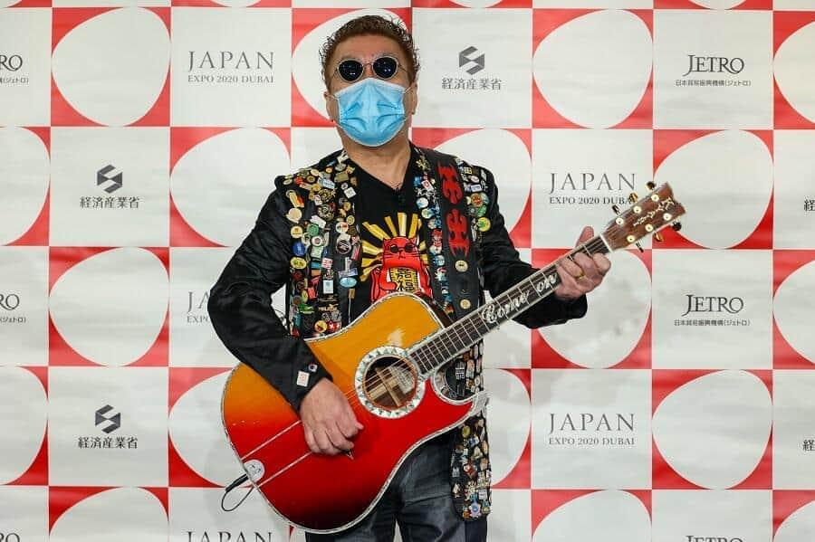 ドバイ万博、日本館はデジタルで魅せる アンバサダー嘉門タツオが熱唱PR