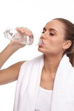適切な水分補給の仕方とは?